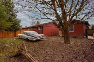 Photo 1: 9488 STANLEY Street in Chilliwack: Chilliwack N Yale-Well House for sale : MLS®# R2591482
