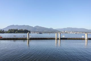 """Photo 18: SPH2502 1233 W CORDOVA Street in Vancouver: Coal Harbour Condo for sale in """"CARINA - COAL HARBOUR"""" (Vancouver West)  : MLS®# R2619427"""