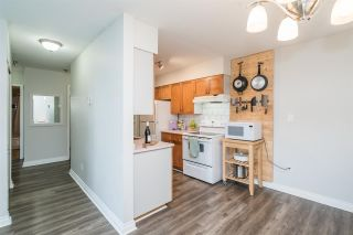 """Photo 7: 327 22661 LOUGHEED Highway in Maple Ridge: East Central Condo for sale in """"GOLDEN EARS ESTATE"""" : MLS®# R2576397"""