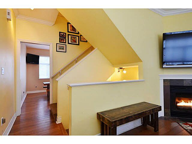 Photo 7: Photos: 13 4111 GARRY Street in Richmond: Steveston South Townhouse for sale : MLS®# V1091669