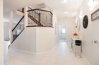 Photo 3: 6924 162 Avenue in Edmonton: Zone 28 House for sale : MLS®# E4266260