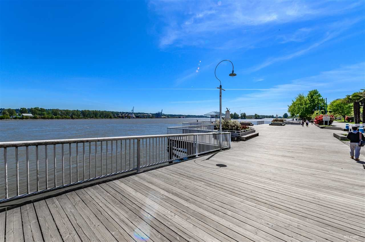 """Main Photo: 2010 908 QUAYSIDE Drive in New Westminster: Quay Condo for sale in """"RIVERSKY-1"""" : MLS®# R2504481"""
