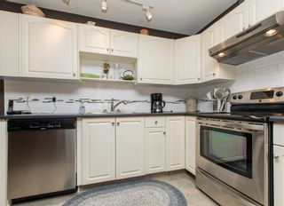 Photo 10: 2 6408 BOWWOOD Drive NW in Calgary: Bowness Row/Townhouse for sale : MLS®# C4241912