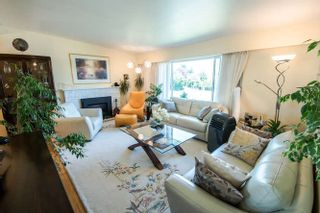 Photo 2: 7027 RAMSAY Avenue in Burnaby: Highgate House for sale (Burnaby South)  : MLS®# R2202939