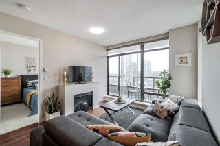 """Photo 11: 1902 4250 DAWSON Street in Burnaby: Brentwood Park Condo for sale in """"OMA2"""" (Burnaby North)  : MLS®# R2484104"""