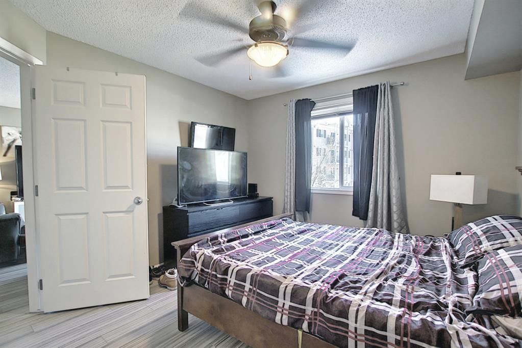 Photo 18: Photos: 2211 43 Country Village Lane NE in Calgary: Country Hills Village Apartment for sale : MLS®# A1085719