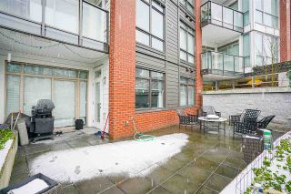 """Photo 17: 109 20 E ROYAL Avenue in New Westminster: Fraserview NW Condo for sale in """"The Lookout"""" : MLS®# R2229386"""