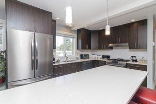 Photo 12: 107 912 Jenkins Ave in Langford: La Glen Lake Row/Townhouse for sale : MLS®# 884892