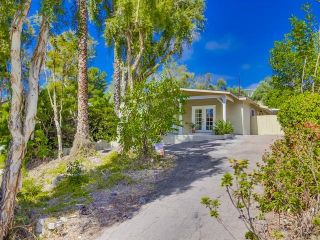 Photo 1: MOUNT HELIX House for sale : 3 bedrooms : 10146 Casa De Oro Blvd in Spring Valley