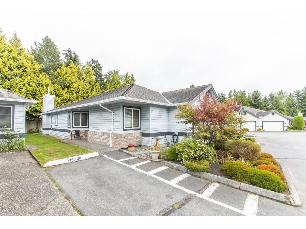 """Main Photo: 28 5550 LANGLEY Bypass in Langley: Langley City Townhouse for sale in """"Riverwynde"""" : MLS®# R2615575"""
