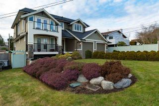 Photo 1: 1515 KERFOOT Road: White Rock House for sale (South Surrey White Rock)  : MLS®# R2133115
