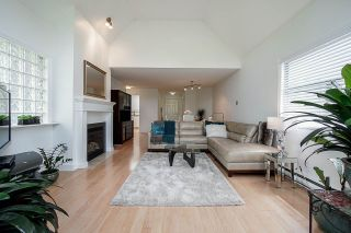 "Photo 2: 311 5250 VICTORY Street in Burnaby: Metrotown Condo for sale in ""PROMENADE"" (Burnaby South)  : MLS®# R2376448"