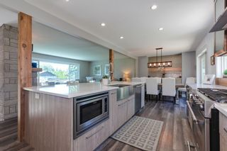 Photo 2: 11668 Holly Street in Maple Ridge: Home for sale : MLS®# R2292210