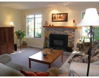 """Photo 4: 1103 PLATEAU Crescent in Squamish: Valleycliffe House for sale in """"VALLEYCLIFFE"""" : MLS®# V774716"""