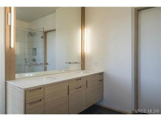 Photo 17: 1542 Morley St in VICTORIA: Vi Oaklands House for sale (Victoria)  : MLS®# 689196