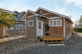 Photo 2: 2043 Saseenos Rd in SOOKE: Sk Saseenos House for sale (Sooke)  : MLS®# 828749