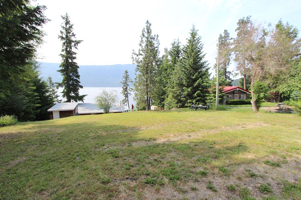 Photo 6: Photos: 1185 Little Shuswap Lake Road in Chase: Little Shuswap House for sale (Shuswap)  : MLS®# 10201171