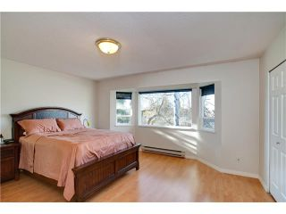 """Photo 6: 17 7171 BLUNDELL Road in Richmond: Brighouse South Townhouse for sale in """"PARC MERLIN"""" : MLS®# V922294"""