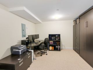 """Photo 19: 9 215 E 4TH Street in North Vancouver: Lower Lonsdale Townhouse for sale in """"ORCHARD TERRACE"""" : MLS®# R2539326"""