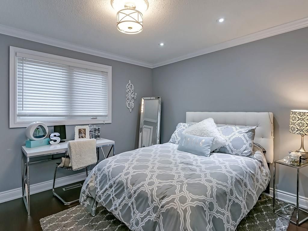 Photo 22: Photos: 2140 SIXTH Line in Oakville: Residential for sale : MLS®# H4068509