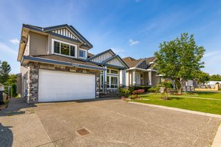 Photo 3: 14884 68 Avenue in Surrey: East Newton House for sale : MLS®# R2491094