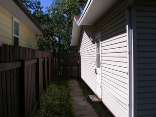 Photo 5: 1324 Norfolk Drive NW in Calgary: North Haven Upper Detached for sale : MLS®# A1139776