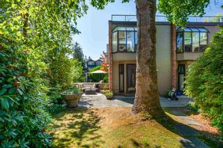 """Photo 20: 1718 MACDONALD Street in Vancouver: Kitsilano Townhouse for sale in """"Cherry West"""" (Vancouver West)  : MLS®# R2602789"""