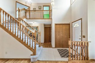 Photo 3: 618 Hawkhill Place NW in Calgary: Hawkwood Detached for sale : MLS®# A1104680