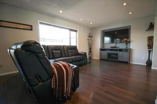 Photo 3: 38 Brittany Drive in Winnipeg: Residential for sale (1G)  : MLS®# 202104670