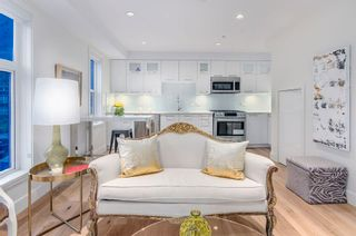 Photo 3: 1080 Nicola Street in Vancouver: West End VW Townhouse for sale (Vancouver West)