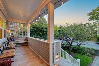 Photo 2: 174 Bushby St in : Vi Fairfield West House for sale (Victoria)  : MLS®# 875900
