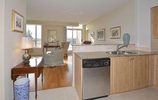 Photo 10: 610 455 Rosewell Avenue in Toronto: Lawrence Park South Condo for sale (Toronto C04)  : MLS®# C4678281