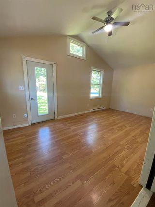 Photo 2: 82 King Street in Shelburne: 407-Shelburne County Residential for sale (South Shore)  : MLS®# 202123601
