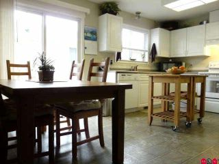 Photo 3: 9520 CARROLL Street in Chilliwack: Chilliwack N Yale-Well House for sale : MLS®# H1102274