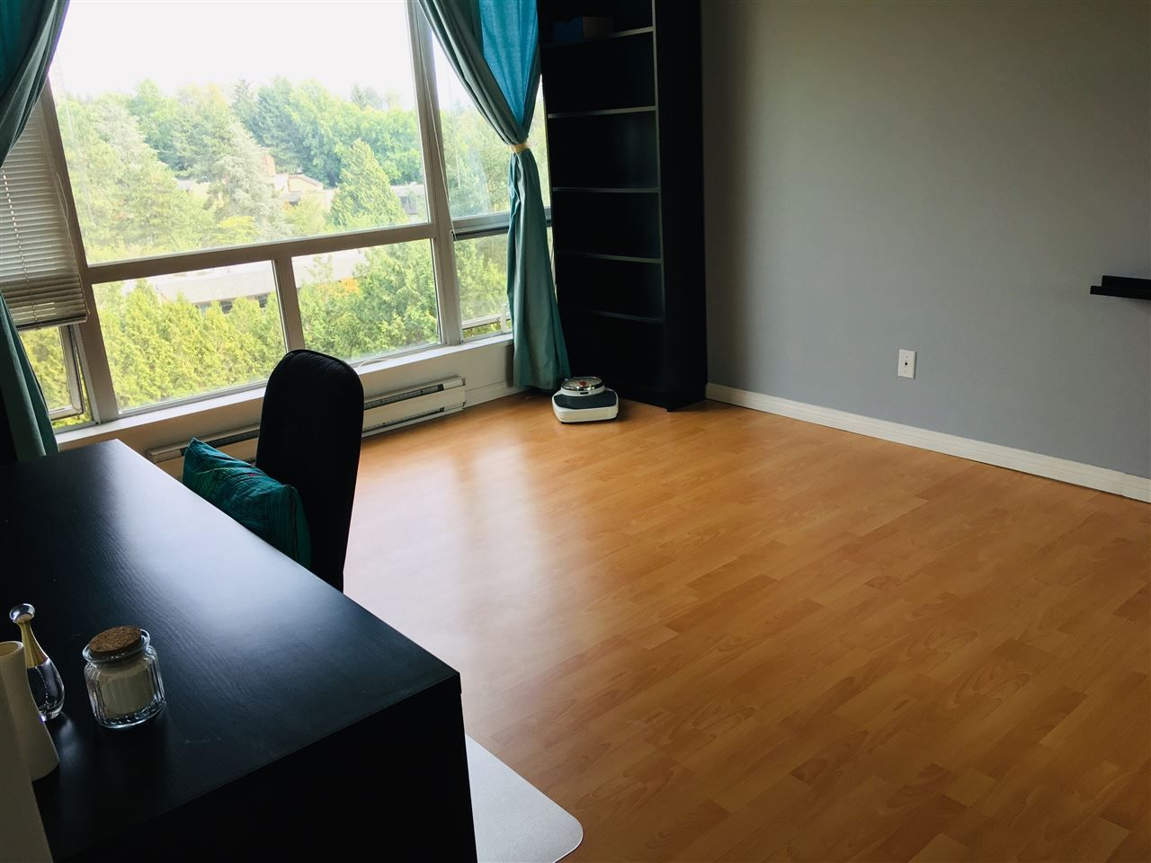 Photo 10: Photos: 603 9623 MANCHESTER Drive in Burnaby: Cariboo Condo for sale (Burnaby North)  : MLS®# R2381331