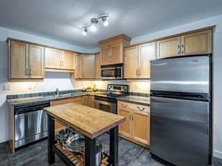 Photo 4: 368 2233 34 Avenue SW in Calgary: Garrison Woods Apartment for sale : MLS®# A1137876