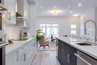 Photo 15: 7639 92 Avenue in Edmonton: Zone 18 House for sale : MLS®# E4221531