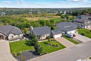 Photo 2: 60 Rosewood Drive in Lumsden: Residential for sale : MLS®# SK869894