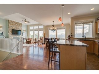 """Photo 4: 93 8590 SUNRISE Drive in Chilliwack: Chilliwack Mountain Townhouse for sale in """"MAPLE HILLS"""" : MLS®# R2284999"""