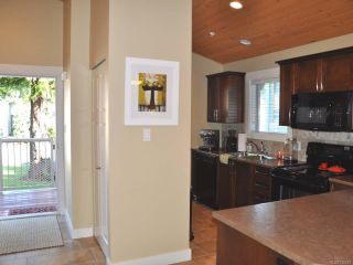 Photo 4: 256 1130 RESORT DRIVE in PARKSVILLE: PQ Parksville Row/Townhouse for sale (Parksville/Qualicum)  : MLS®# 726572