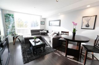 """Photo 3: 201 85 EIGHTH Avenue in New Westminster: GlenBrooke North Condo for sale in """"EIGHTWEST"""" : MLS®# R2310352"""
