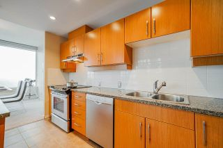 Photo 11: 801 9288 UNIVERSITY Crescent in Burnaby: Simon Fraser Univer. Condo for sale (Burnaby North)  : MLS®# R2499552