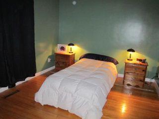 Photo 6: 523 Rosseau Avenue East in WINNIPEG: Transcona Residential for sale (North East Winnipeg)  : MLS®# 1203038