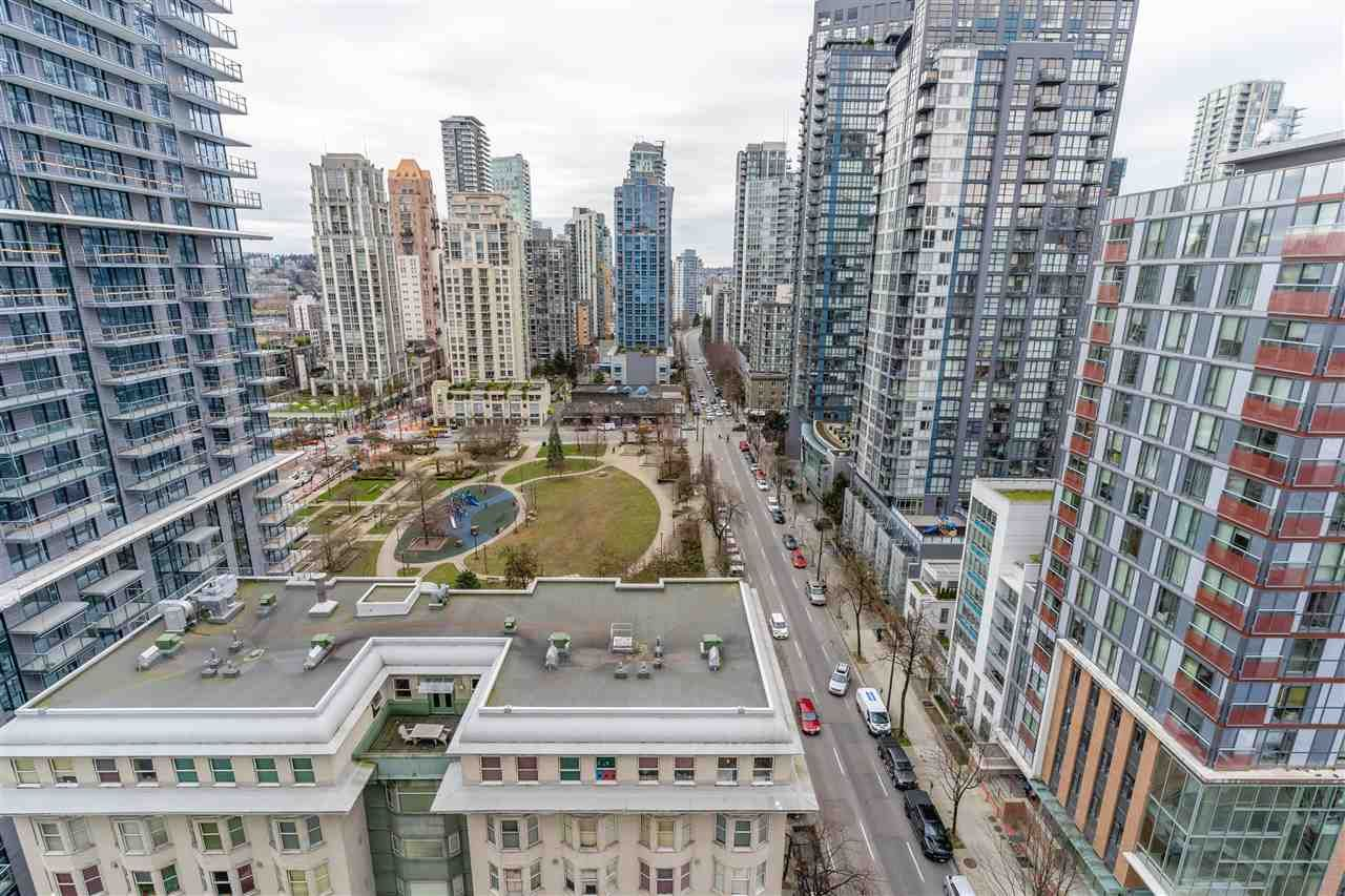 "Main Photo: 1910 1082 SEYMOUR Street in Vancouver: Downtown VW Condo for sale in ""Freesia"" (Vancouver West)  : MLS®# R2539788"