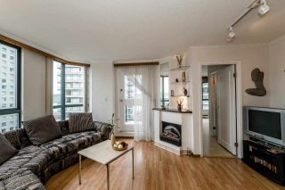 Photo 5: 1401 828 AGNES Street in New Westminster: Downtown NW Condo for sale : MLS®# R2053415