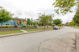 Photo 38: 4720 FAIRLAWN Drive in Burnaby: Brentwood Park House for sale (Burnaby North)  : MLS®# R2500128
