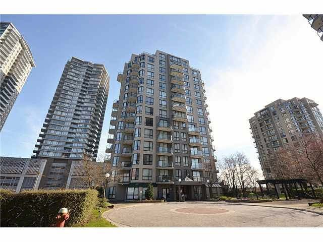 """Main Photo: 608 828 AGNES Street in New Westminster: Downtown NW Condo for sale in """"WESTMINSTER TOWERS"""" : MLS®# V1113604"""