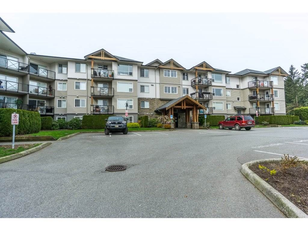 """Main Photo: 408 2955 DIAMOND Crescent in Abbotsford: Abbotsford West Condo for sale in """"Westwood"""" : MLS®# R2258161"""