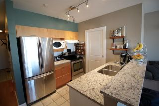 Photo 3: 304 1688 CYPRESS Street in Vancouver: Kitsilano Condo for sale (Vancouver West)  : MLS®# R2017476