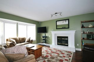 """Photo 3: 12422 222 Street in Maple Ridge: West Central House for sale in """"DAVISON SUBDIVISION"""" : MLS®# R2023945"""